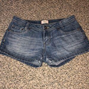 Tilt Jean shorts